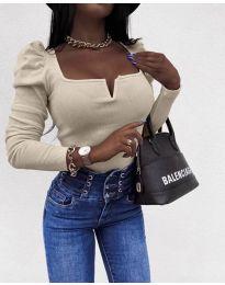 Елегантна блуза в бежово - код 2620