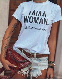Тениска с атрактивен надпис в бяло - код 0808