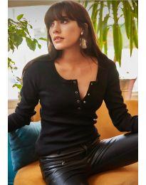 Блуза с копчета в черно - код 11495