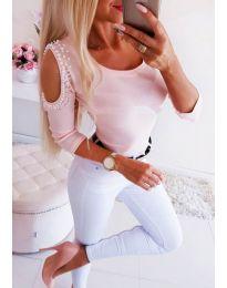 Дамска розова блуза с голи рамена и перли - код 3272