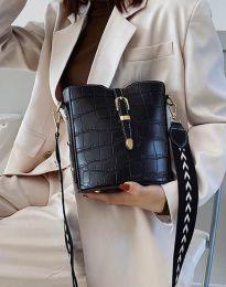 Дамска чанта в черно - код B295