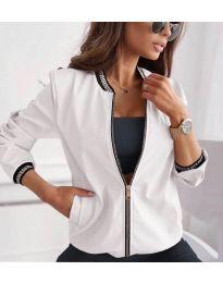 Дамско яке в бяло - код 2081