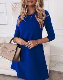 Свободна дамска рокля в синьо - код 8201
