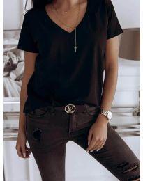 Изчистена дамска тениска в черно - код 3638