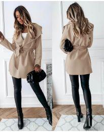 Дамско палто с колан в бежово - код 643