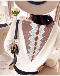 Дамска блуза с дантела в бяла - код 7077