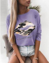 Атрактивна дамска блуза в светлолилаво с принт - код 5263