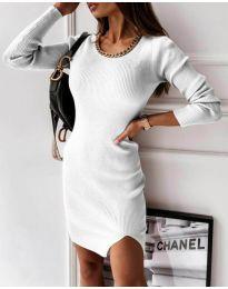 Семпла дамска рокля в бяло - код 4545