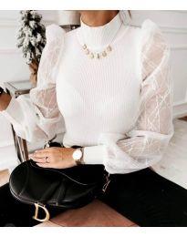 Дамска блуза с ефектни бухнали ръкави в бяло - код 3522