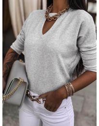 Изчистена дамска блуза в сиво - код 8059