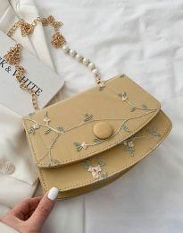 Дамска чанта в бежово - код B471
