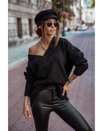 Дамски пуловер в черно - код 5952