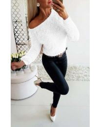 Ефектна плетена блуза в бяло - код 092