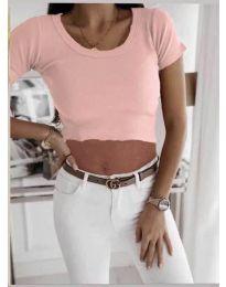 Къса дамска тениска в розово - код 530