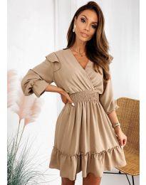 Свободна дамска рокля в бежово - код 8554