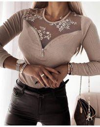 Елегантна дамска блуза в бежово - код 8782
