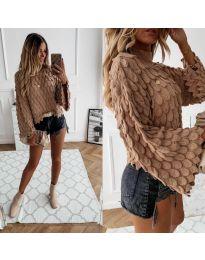 Ефектен дамски пуловер в кафяво - код 8092