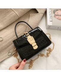 Дамска чанта в черно - код B118