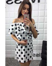 Бяла рокля на черни точки - код 763
