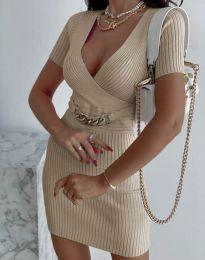 Стилна рокля по тялото в бежово - код 4305