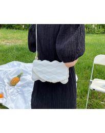 Елегантна дамска чанта в бяло - код B503
