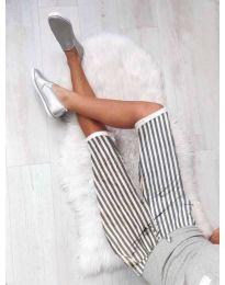 Къс панталон на райе в бяло - код 190