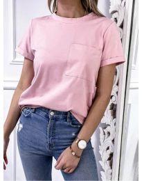 Изчистена дамска тениска с джоб в розов цвят - код 3727