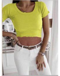 Къса дамска тениска в неоново зелено - код 530
