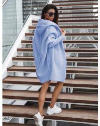 Дълга плетена жилетка в светло синьо - код 053