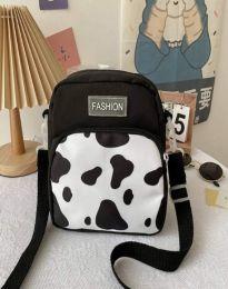 Атрактивна дамска чанта в черно - код B578
