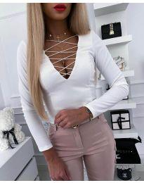 Дамска блуза в бяло - код 4235
