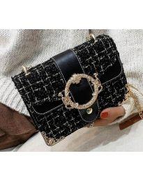 Дамска чанта в черно - код B141
