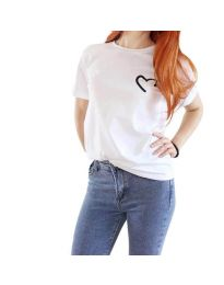 Бяла тениска със сърце - код 3599