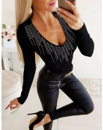 Дамска блуза в черен цвят с камъни - код 3533