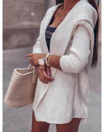 Къса плетена жилетка в бяло - код 7823