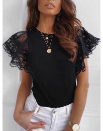 Черна дамска тениска с дантелени ръкави - код 657