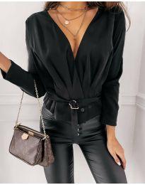 Атрактивна дамска блуза в черно - код 5525