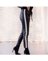 Дамски панталон еко кожа със сребрист кант - код 8785