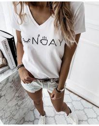 Тениска в бяло - код 822
