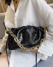 Ефектна дамска чанта в черно - код B395