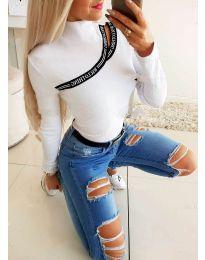 Екстравагантна блуза в бяло - код 0512