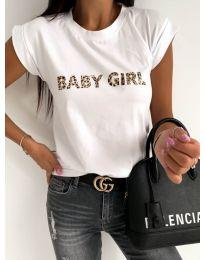 Дамска бяла тениска с ефектен надпис - код 983