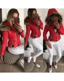 Зимно дамско яке в червено с качулка с пух - код 220