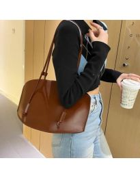 Атрактивна дамска чанта в кафяво - код B508