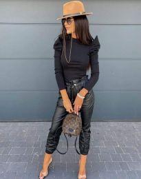 Стилна дамска блуза в черно - код 2838