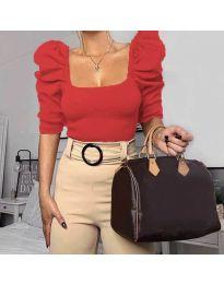 Дамска блуза с бухнали ръкави в червено - код 9867