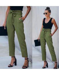 Спортно - елегантен панталон в маслено зелено - код 6077