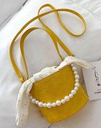 Ефектна дамска чанта в цвят жълто - код B428