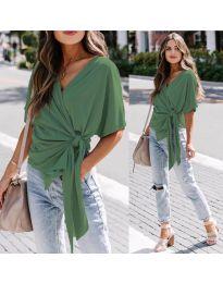 Изчистена дамска блуза в маслено зелено - код 0009