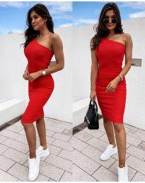 Дамска рокля в червено с голо рамо - код 0208